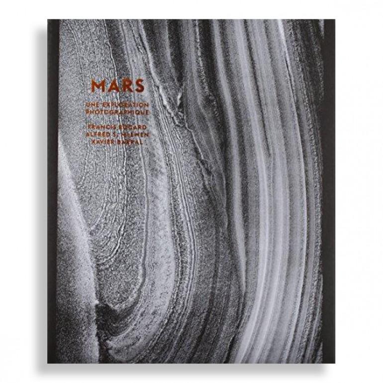 MARS. A Photographic Exploration
